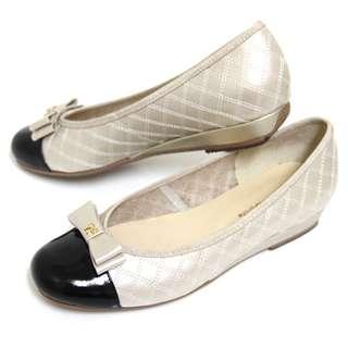 GREEN PHOENIX 曼妙雅緻雙層蝴蝶結菱格紋異材質拼接全真皮小坡跟娃娃鞋