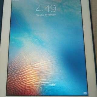 iPad 3 WiFi + 4G