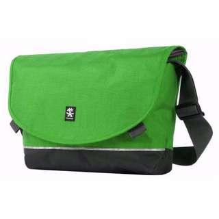 **PROMO** Crumpler Proper Roady Slim Laptop M Green
