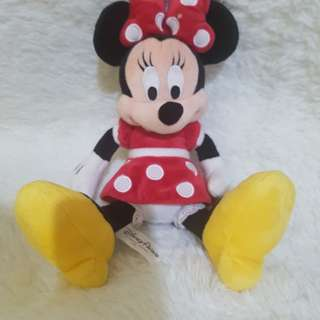 Minnie mouse stufftoys