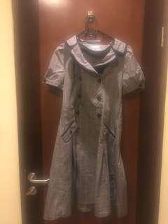 Dress kotak2 abu