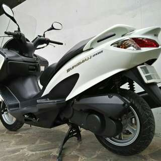 Suzuki Burgman 200 cc