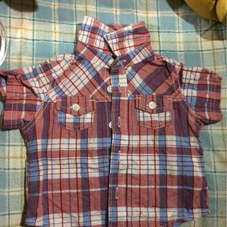 OLD NAVY 3 to 6 mos fits until 1 year old. Still in good condition.