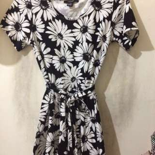 Forever21 Black and White Floral Dress