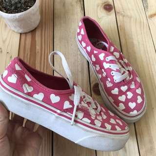 Vans printed hearts shoes