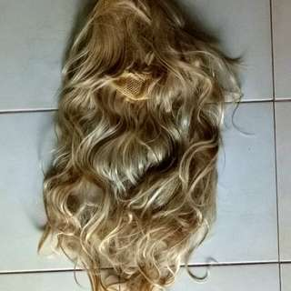 Preloved Blonde Curly Wig