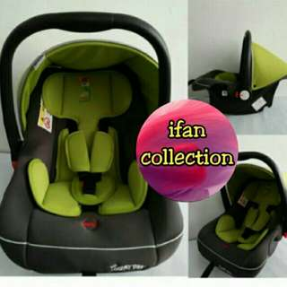 Looney Tunes Baby Car Seat