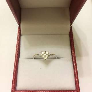 Diamond ❤️ Ring. 18KWG. D6-0.26ct. Size 12 half. Brand New. 🌹Great Gift!❤️