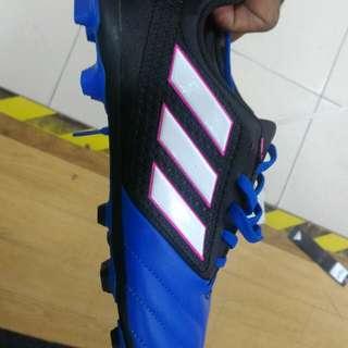 Shoes kasut bola adidas