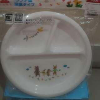 #MakinTebel Piring makan made in japan