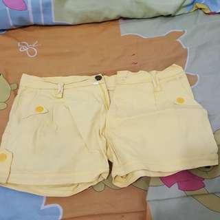Hotpants yellow
