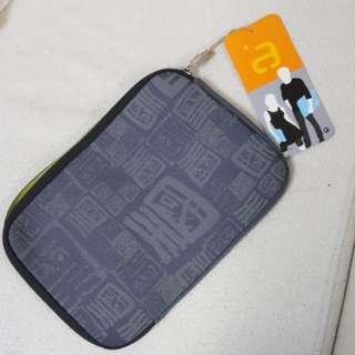 Avec iPad/Tablet protector 保護套 (九龍皇帝花紋)