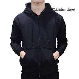 Sweater kekinian hitam