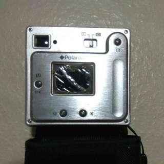 Polaroid camera 3.2 mega pixels digital camera (used)