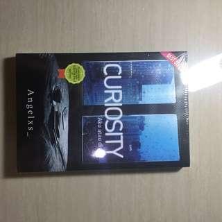 Novel Curiosity by Angelxs_