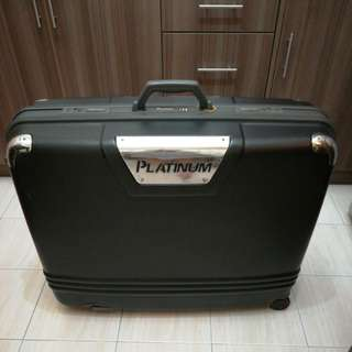 Vintage Platinum large Luggage