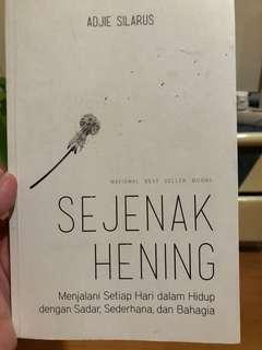 Buku Sejenak Hening