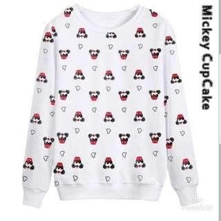 Sweater cupcake