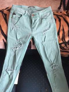 Auth Pull & Bear tattered pants