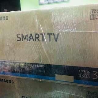 Samsung 32inc smart tv 4303 Bnew Sealed