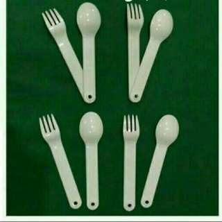 Tupperware Cutlery Set