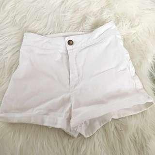 Forever 21 White Shorts Size 6