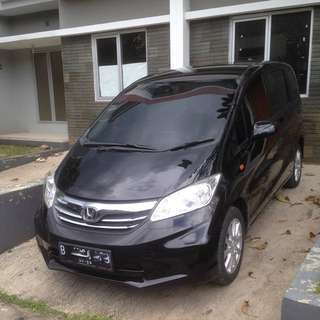 Honda Freed SD 2012