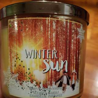 Bath and body works 3 wick scent candle
