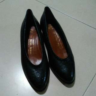 Black heels women shoes