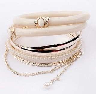 6 Piece Bracelet