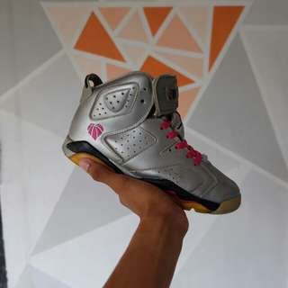 Air Jordan Retro 6 Valentine Days