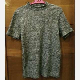Turtleneck grey top