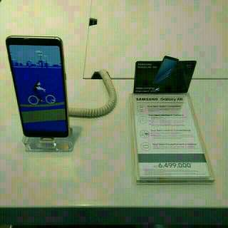 Samsung Galaxy A8 2018 bisa kredit proses 3 menit