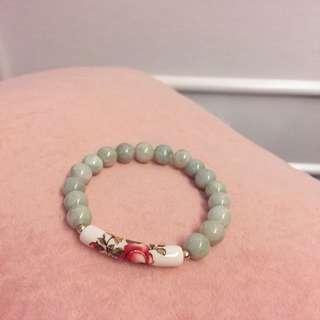 Oriental jadeite bracelet