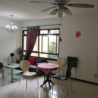 HDB 4 ROOM AVAILABLE FOR SALE