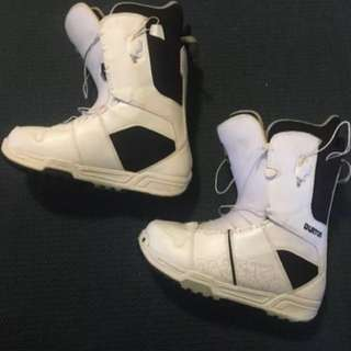 Men's White Burton Moto Snowboard Boots Size US 12  m
