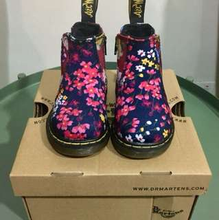 Dr Martens Canvas Boot