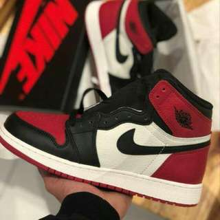Air Jordan 1 OG Bred Toe