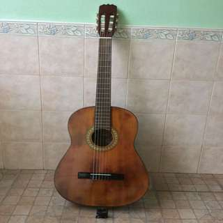 Classical Guitar (digital tuner included)