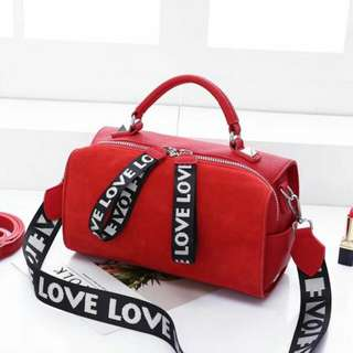 Zutter Love Bag. Series  8005. Share Price IDR  300. Measurement  Base  27 cm. Height  22 cm.  Material  Suede combination in Faux Calf leather. Semipremium Quality.