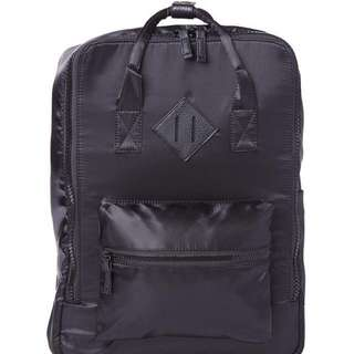 TYPO SQUARE BACKPACK