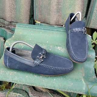 Sepatu slip on PEDRO
