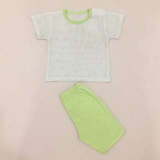 Baby boys or girls clothing tops & short set