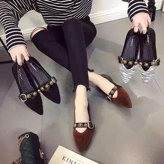 2018 Spring European station vintage suede pointed metal rivet belt buckle soft bottom flat shoes