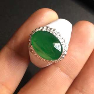 Icy green Jadeite Ring Cabochon