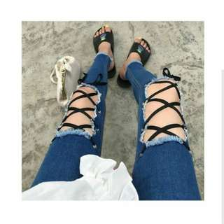 Cindy laceup jeans