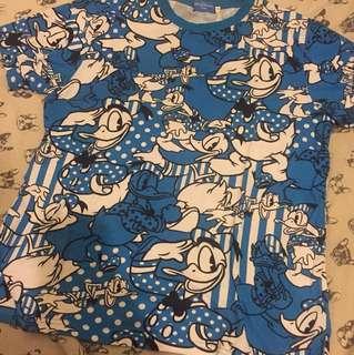 Disney 迪士尼 滿版唐老鴨藍色短T 尺寸:M