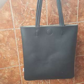 Tote Bag Miniso Hitam