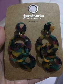 Stradivarius earing