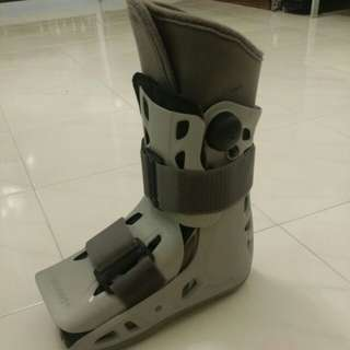 Aircast Short-Walker Boot
